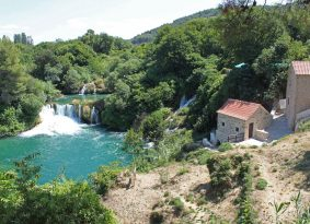 Krka Waterfalls tour from Kastela