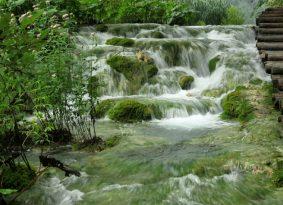 to Plitvice lakes