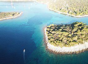 Blue-Lagoon-Kastel
