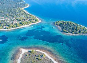 Speedboat-tour-to-Blue-Lagoon
