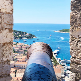 Private boat tour to Island Hvar